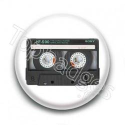 Badge cassette audio sony