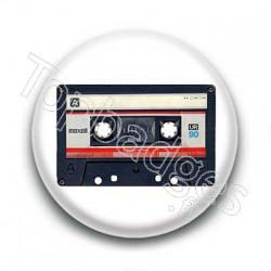 Badge cassette audio