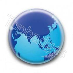 Badge Globe 4
