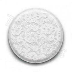 Badge dentelle blanche