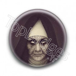 Badge Nonne Maléfique