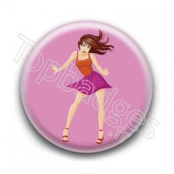 Badge Femme Dansant