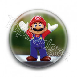 Badge Mario Figurine
