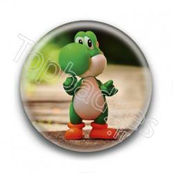 Badge Yoshi Figurine