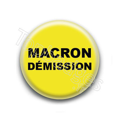 Badge : Gilets jaunes, Macron démission