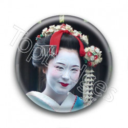 Badge : Geisha souriante