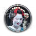 Badge : Geisha souriante