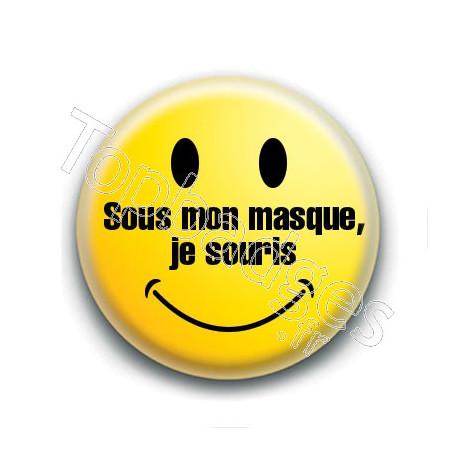 Badge : Sous mon masque, je souris