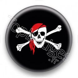 Badge Signe pirate fond noir