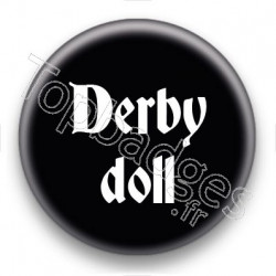 Badge Derby doll fond noir