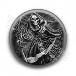 Badge Squelette avec fauche