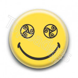 Badge Smiley Triskel Jaune