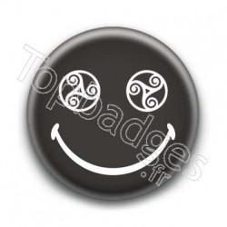 Badge Smiley Triskel Noir