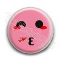Badge : Smiley bisous rose