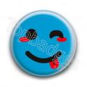 Badge : Smiley clin d'oeil bleu