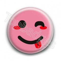 Badge Smiley Clin d'Oeil Rose