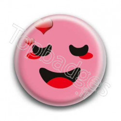 Badge Smiley Amoureux Rose