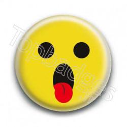 Badge : Smiley langue jaune