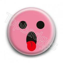 Badge : Smiley langue rose