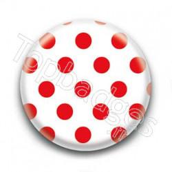 Badge : Pois rouges sur fond blanc