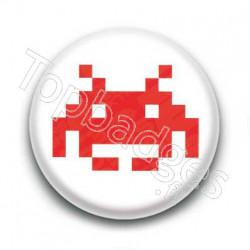 Badge Invader Rouge